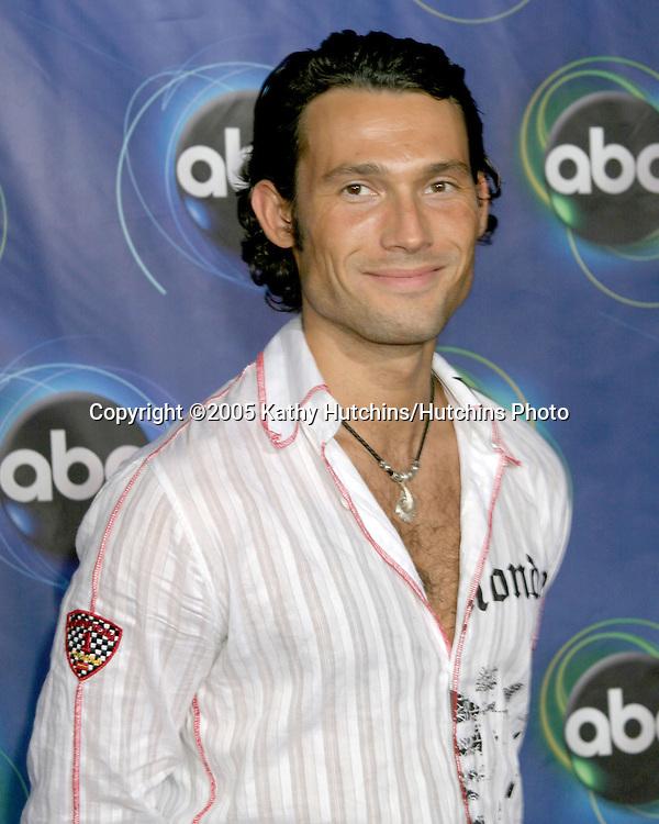 Alec Mazo.ABC TCA Party.The Abby.W. Hollywood, CA.July 27, 2005.©2005 Kathy Hutchins/Hutchins Photo..