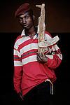Master Black. 15 ans. 2 ans  passés dans les groupes armés. Bukavu, RDC, juillet 2013.