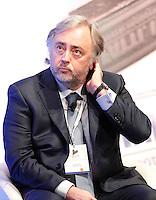 Giuseppe Santella, Direttore Generale risorse umane Unipol interviene durante il XXIX convegno di Capri per Napoli   dei  Giovani Industriali a Citta della Scienza , 25 Ottobre 2014
