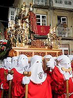 Fecha: 02-04-2015. Viveiro (Lugo), Semana Santa de Viveiro, de interés turístico internacional, este Jueves Santo por la tarde, en Viveiro salen tres procesiones, que recorren las calles del casco antiguo del pueblo de la costa de Lugo. En la imagen la procesión del Prendimiento
