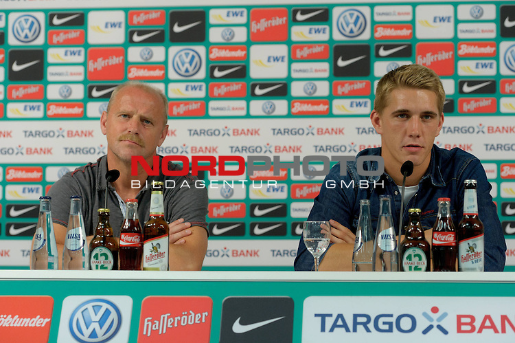 02.07.2012, Weserstadion, Bremen, GER, 1.FBL, Werder Bremen Vorstellung Nils Petersen, im Bild Thomas Schaaf (Trainer Werder Bremen), Nils Petersen (Bremen #24)<br /> <br /> // during press conference of Werder Bremen on 2012/07/02, Weserstadion, Bremen, Germany.<br /> Foto &copy; nph / Frisch *** Local Caption ***