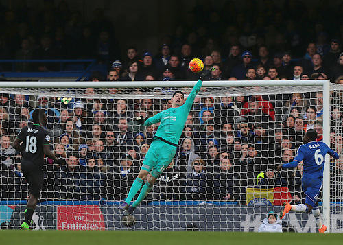 05.03.2016. Stamford Bridge, London, England. Barclays Premier League. Chelsea versus Stoke City. Chelsea Goalkeeper Thibaut Courtois makes a vital save to keep chelsea ahead during the second half