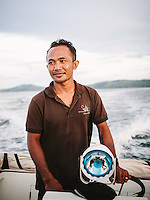 Tuang, the boatman at Alila Purnama, the Bugis handcrafted traditional Phinisi boat.