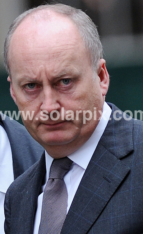 **ALL ROUND PICTURES FROM SOLARPIX.COM**.**WORLDWIDE SYNDICATION RIGHTS**.The  weekly Cabinet meeting at  no 10 Downing St in London ..This pic:Secretary of State for Northern Ireland.The Rt Hon Shaun Woodward..JOB REF:8623       DBL     DATE:10.03.09.**MUST CREDIT SOLARPIX.COM OR DOUBLE FEE WILL BE CHARGED**.**ONLINE USAGE FEE GBP 50.00 PER PICTURE - NOTIFICATION OF USAGE TO PHOTO @ SOLARPIX.COM**.**CALL SOLARPIX : +34 952 811 768 or LOW RATE FROM UK 0844 617 7637**