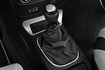 Gear shift detail view of a 2009 Chevrolet HHR SS