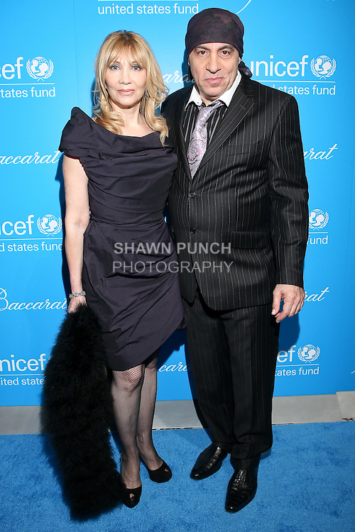 Actress Maureen Van Zandt, with huband actor/musician Steve Van Zandt at the UNICEF Snowflake Ball, Presented by Baccarat, at Cipriani 42nd Street, November 30, 2010.