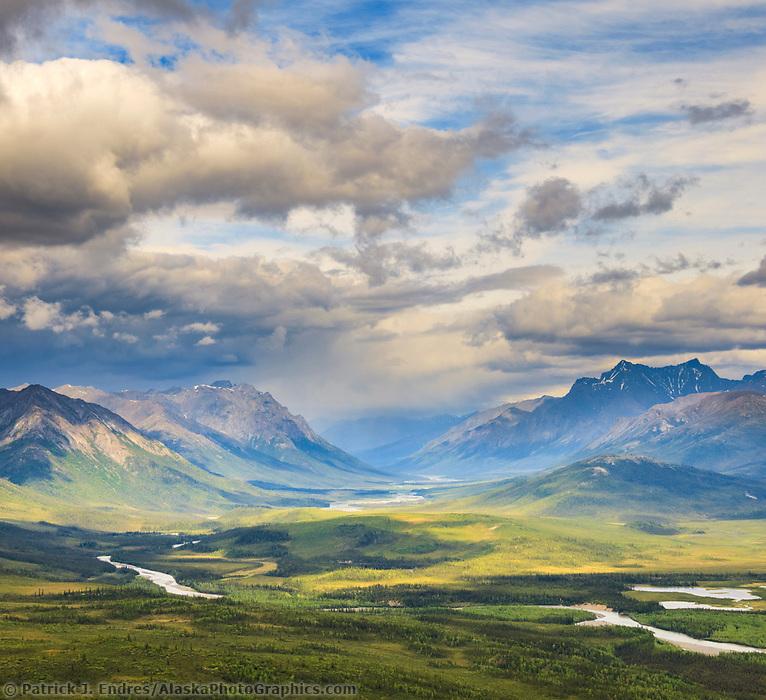 North fork, Koyukuk River, Gates of the Arctic National Park, Brooks Range, Alaska.