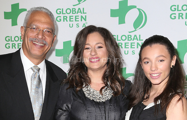 Hollywood, CA - February 22:  Eric Hanks, Kelly Vlahakis-Hanks, Alexsia Eftichia Hank, At 14th Annual Global Green Pre Oscar Party, At TAO Hollywood In California on February 22, 2017. Credit: Faye Sadou/MediaPunch