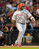 Howard, Ryan 5539.jpg Philadelphia Phillies at Houston Astros. Major League Baseball. September 6th, 2009 at Minute Maid Park in Houston, Texas. Photo by Andrew Woolley.