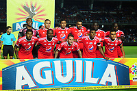 CALI - COLOMBIA - 18 -  03 - 2018: Los jugadores de America, posan para una foto, durante partido entre America de Cali y Atletico Bucaramanga, de la fecha 9 por la Liga Aguila I 2018 jugado en el estadio Pascual Guerrero de la ciudad de Cali. / The players of America, pose for a photo, during a match between America de Cali and Atletico Bucaramanga, of the 9th date for the Liga Aguila I 2018 at the Pascual Guerrero stadium in Cali city. Photo: VizzorImage / Nelson Rios / Cont.
