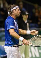 7-2-10, Rotterdam, Tennis, ABNAMROWTT, Raemon Sluiter is niet tevreden met zijn spel en uit zijn frustratie