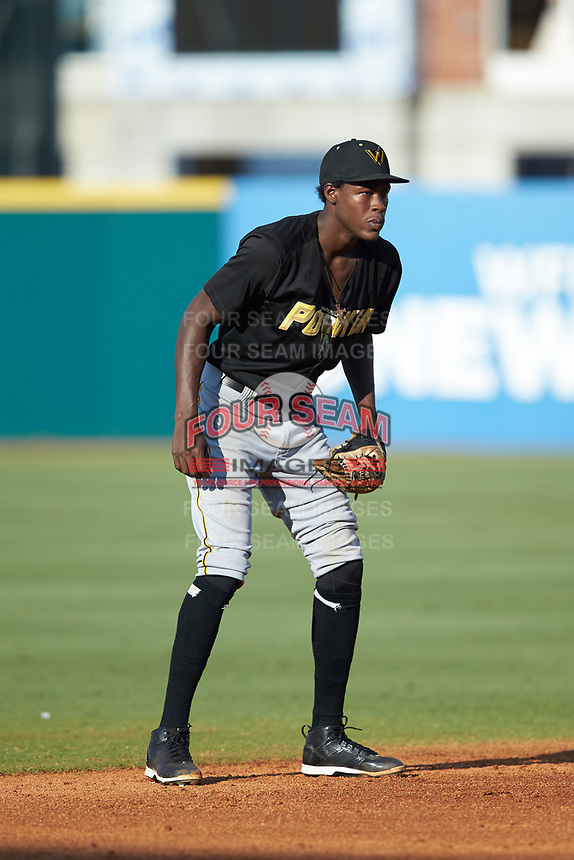 West Virginia Power shortstop Oneil Cruz (7) on defense against the Greensboro Grasshoppers at First National Bank Field on August 9, 2018 in Greensboro, North Carolina. The Power defeated the Grasshoppers 5-3 in game one of a double-header. (Brian Westerholt/Four Seam Images)