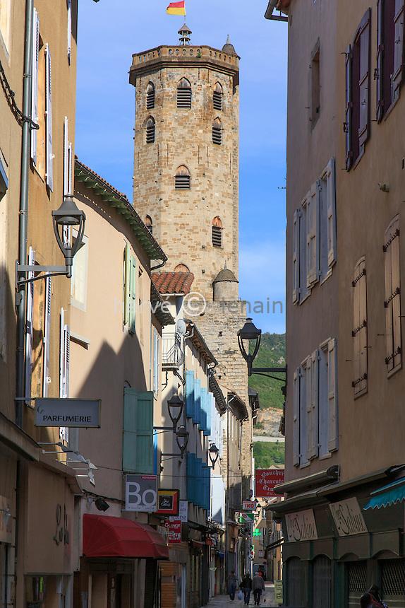 France, Aveyron (12), Millau, rue Droite et le beffroi // France, Aveyron, Millau, Droite street and the belfry