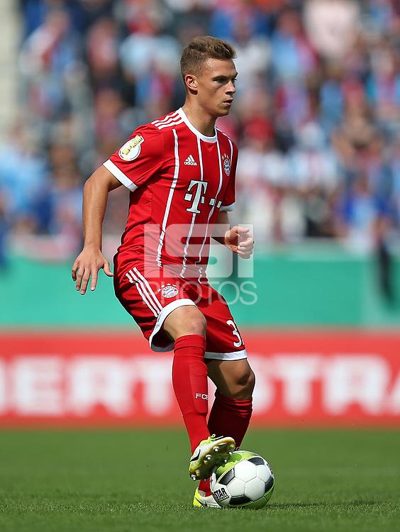 12.08.2017, Football DFB Pokal 2017/2018, 1. round, Chemnitzer FC - FC Bayern Muenchen, stadium an Gellertstrasse. Joshua Kimmich (Bayern Muenchen)  *** Local Caption *** &copy; pixathlon<br /> <br /> +++ NED + SUI out !!! +++<br /> Contact: +49-40-22 63 02 60 , info@pixathlon.de