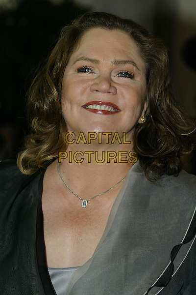 KATHLEEN TURNER.The Evening Standard Theatre Awards, The Savoy Hotel, London, UK..November 27th 2006.headshot portrait.CAP/DAR.©Darwin/Capital Pictures