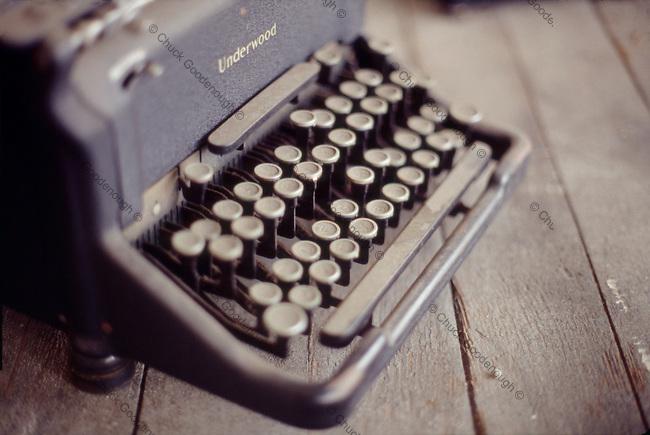 Short Focus Photo of an old Underwood Typewriter