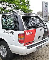SÃO PAULO,SP,26 SETEMBRO 2012 - SIMILAR VIATURA PM - Uma blazer com caracteristcas  iguais a da Policia Militar foi apreendida na noite de ontem (25) em um estacionamento no Jd.Avelino região da Vila Prudente zona leste,segundo a PM o veiculo é usado por uma produtora para gravação  de um Filme a Policia espera a documentação para poder liberar o veiculo, o caso esta sendo registrado no 56º da Vila Alpina.FOTO ALE VIANNA - BRAZIL PHOTO PRESS.