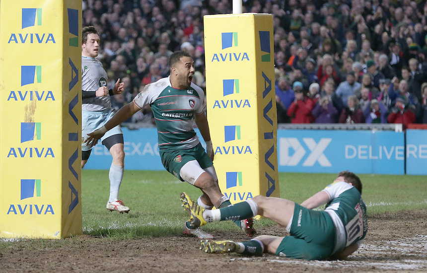 Leicester Tigers' Owen Williams scores his sides third try<br /> <br /> Photographer Rachel Holborn/CameraSport<br /> <br /> Rugby Union - Aviva Premiership Round 9 - Leicester Tigers v Northampton Saints - Saturday 9th January 2016 - Welford Road - Leicester<br /> <br /> &copy; CameraSport - 43 Linden Ave. Countesthorpe. Leicester. England. LE8 5PG - Tel: +44 (0) 116 277 4147 - admin@camerasport.com - www.camerasport.com
