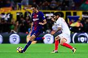 4th November 2017, Camp Nou, Barcelona, Spain; La Liga football, Barcelona versus Sevilla; Sergio Busquets of FC Barcelona pass the ball