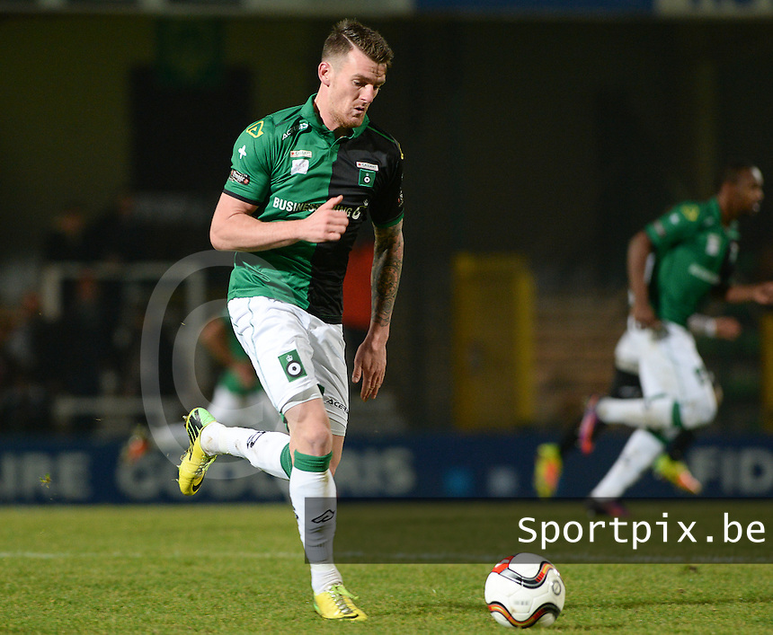 20161217 - ROESELARE , BELGIUM : Cercle's Arne Naudts pictured during the Proximus League match of D1B between Roeselare and Cercle Brugge, in Roeselare, on Saturday 17 December 2016, on the day 20 of the Belgian soccer championship, division 1B. . SPORTPIX.BE | DAVID CATRY
