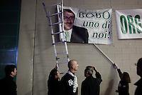 Bergamo 10-04-2012: militanti della Lega Nord partecipano alla «Serata dell'orgoglio leghista», dopo lo scandalo  dell'inchiesta sui fondi della Lega...Bergamo 10-04-2012: Northern League supporter attend the Padania Pride political convention