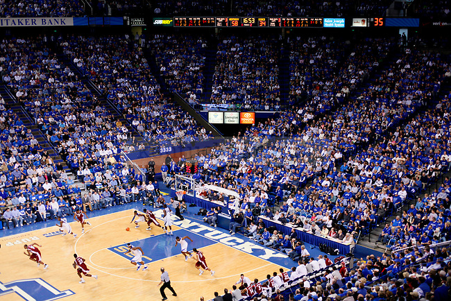 The Kentucky Wildcats face the Rider Broncs during the second half of the game at Rupp Arena on Saturday. Photo by Zach Brake | Staff