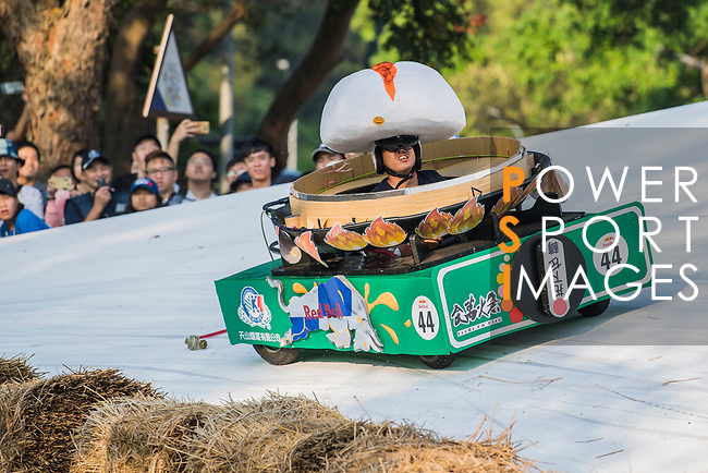 Team 食萬火急  in action during the Red Bull Soapbox Race 2017 Taipei at Multipurpose Gymnasium National Taiwan Sport University on 01 October 2017, in Taipei, Taiwan. Photo by Victor Fraile / Power Sport Images