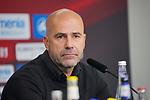05.10.2019, BayArena, Leverkusen, GER, 1. FBL, Bayer 04 Leverkusen vs. RB Leipzig,<br />  <br /> DFL regulations prohibit any use of photographs as image sequences and/or quasi-video<br /> <br /> im Bild / picture shows: <br /> Pressekonferenz (PK) nach dem Spiel,  Peter Bosz Trainer / Headcoach (Bayer 04 Leverkusen),<br /> <br /> Foto © nordphoto / Meuter