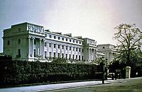 Cumberland Terrace, designed by John Nash, 1826. Regents Park, London. Neo-classical style. 31 imposing houses.