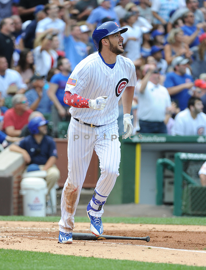 Chicago Cubs Kris Bryant (17) during a game against the Cincinnati Reds on July 4, 2016 at Wrigley Field in Chicago, IL.<br /> The Cubs beat the Reds 10-4