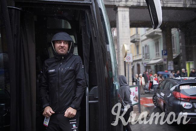 rider just few weeks ago & now DS at Trek-Segafredo Yaroslav Popovych (UKR) waiting for the rain to pass<br /> <br /> stage 21: Cuneo - Torino 163km<br /> 99th Giro d'Italia 2016