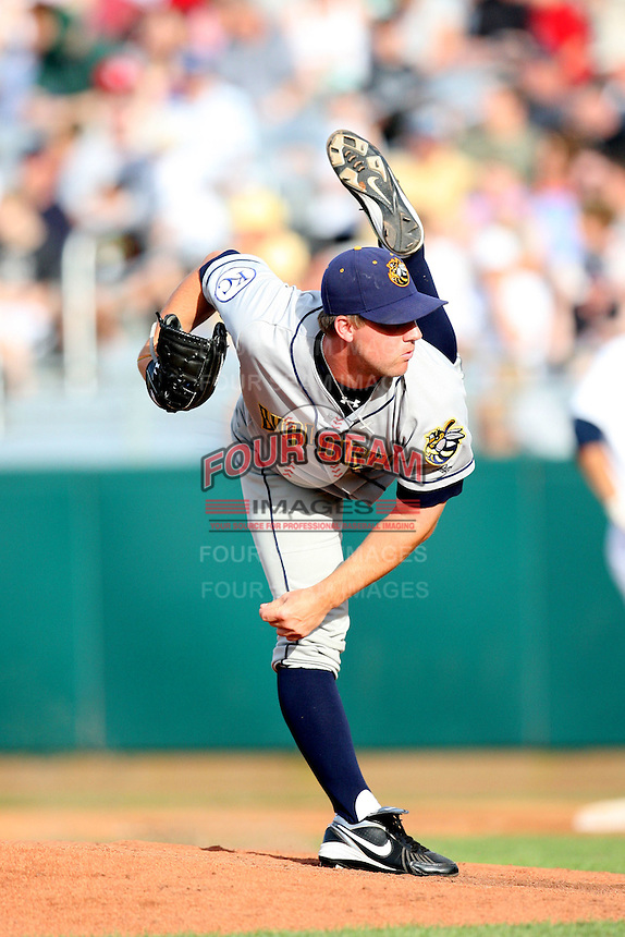 Burlington Bees pitcher Ryan Dennick (26) during a game vs. the Cedar Rapids Kernels at Veterans Memorial Stadium in Cedar Rapids, Iowa. June 19, 2010. Photo By Chris Proctor/Four Seam Images