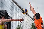 09.05.2015, Muenster, Schlossplatz<br /> smart beach tour, Supercup MŸnster / Muenster, Hauptfeld<br /> <br /> Angriff Bjšrn / Bjoern Andrae - Block Jonathan Erdmann<br /> <br />   Foto &copy; nordphoto / Kurth