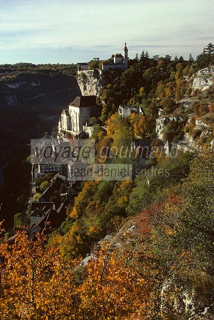 Europe/France/Midi-Pyrénées/46/Lot/Causse de Rocamadour/Rocamadour: Le village et la vallée