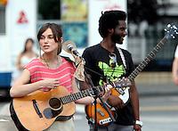 July 26, 2012 Keira Knightley shooting on location at Washington Square Park for new VH-1 movie Can a Song Save Your Life? in New York City.Credit:© RW/MediaPunch Inc. /NortePhoto.com<br /> **SOLO*VENTA*EN*MEXICO**<br />  **CREDITO*OBLIGATORIO** *No*Venta*A*Terceros*<br /> *No*Sale*So*third* ***No*Se*Permite*Hacer Archivo***No*Sale*So*third*©Imagenes*con derechos*de*autor©todos*reservados*.