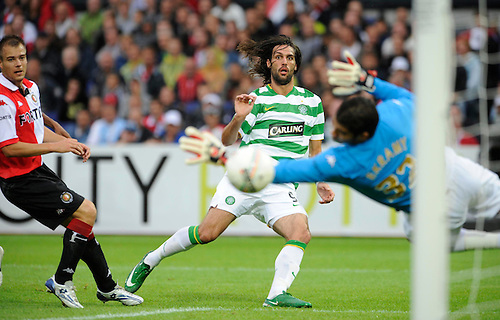 3RD AUG 2008, FEYENOORD V CELTIC, IN THE FEYENOORD JUBILEE TOURNAMENT, DE KUIP STADION, ROTTERDAM, GEORGIOS SAMARAS SCORES FOR CELTIC, ROB CASEY PHOTOGRAPHY.
