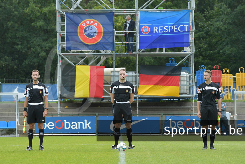 referee Tom Stevens (M) with assistant referee Bryan Bijnens (L) and Michele Seeldraeyers (R) pictured during a friendly soccer game between the national teams Under19 Youth teams of Belgium and Germany on tuesday 8 th of September 2020  in Genk , Belgium . PHOTO SPORTPIX.BE | SPP | DIRK VUYLSTEKE