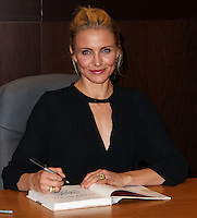 "LOS ANGELES, CA - JANUARY 16: Cameron Diaz signs copies of her new book ""The Body Book"" at Barnes & Noble at The Grove on January 16, 2014 in Los Angeles, California. (Photo by Xavier Collin/Celebrity Monitor)"