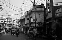 12.2010 Varanasi (Uttar Pradesh)<br /> <br /> Street scene.<br /> <br /> Sc&egrave;ne de rue.