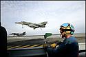 Corporate<br /> Marine Nationale<br /> Appontage d'un Super Etendard sur le Porte-avions Charles de Gaulle