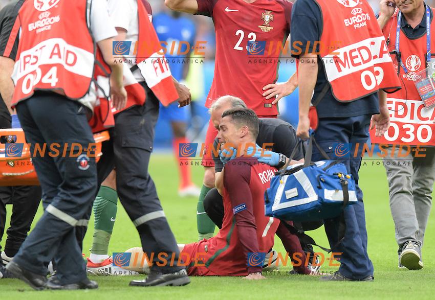 Infortunio Cristiano Ronaldo Portugal Injured <br /> Paris 10-07-2016 Stade Saint Denis Football Euro2016 Portugal - France / Portogallo - Francia Final - Finale <br /> Foto Federico Pestellini / Panoramic / Insidefoto