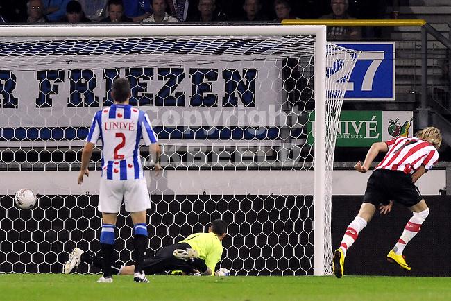voetbal sc heerenveen - psv eredivisie seizoen 2010-2011 07-08-2010 ola toivonen scoort 0-1
