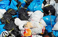 Nederland Amsterdam 2019. Stapel vuilniszakken. Foto Berlinda van Dam / Hollandse Hoogte