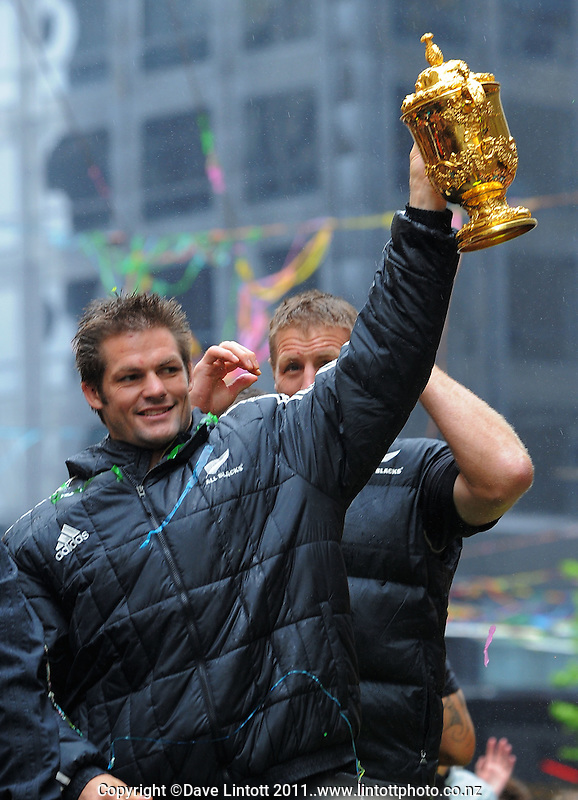 Richie McCaw with the Webb Ellis trophy during the New Zealand All Blacks 2011 IRB RWC celebration parade in Wellington, New Zealand on Wednesday, 26 October 2011. Photo: Dave Lintott / lintottphoto.co.nz