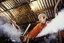 10/03/96 - CONTOURNAT - PUY DE DOME - FRANCE - Campagne de distillation de Mr GAGNAT, sur la photo Christian GRANGEAUD. Bouilleur de cru ambulant - Photo © Jerome CHABANNE