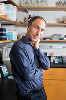 David Reich - Harvard University - Ancient DNA - Smithsonian