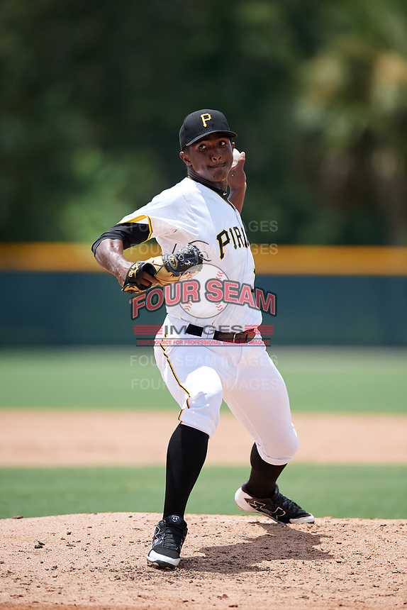 GCL Pirates relief pitcher Randy Jimenez (25) delivers a pitch during a game against the GCL Tigers West on August 13, 2018 at Pirate City Complex in Bradenton, Florida.  GCL Tigers West defeated GCL Pirates 5-1.  (Mike Janes/Four Seam Images)
