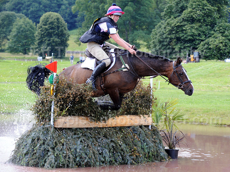 Crickhowell, Powys, South Wales - 2nd July 2011. Action from the Glanusk horse trails. Credit for pictures to Jeff Thomas Photography - www.jaypics.photoshelter.com - 07837 386244 - Use of images are restricted without prior permission of the copyright owner Jeff Thomas Photography.