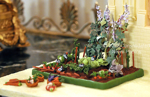Washington, DC - December 2, 2009 -- Detail from the annual gingerbread house on display along the North wall of the State Dining Room showing the Vegetable Garden in front of the house.  It was designed and constructed by White House Pastry Chef Bill Yosses and his team..Credit: Ron Sachs / CNP.(RESTRICTION: NO New York or New Jersey Newspapers or newspapers within a 75 mile radius of New York City)