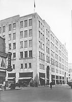 Grand magasin Simpson's (977,rue Sainte-Catherine Ouest, entre les rues Metcalfe et Mansfield), 30 mars 1936